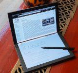 Lenovo влезе в историята със сгъваемия компютър ThinkPad X1
