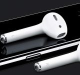Без слушалки и зарядно в комплекта на iPhone 12